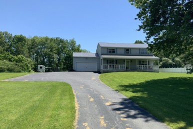 40 acres Country Home and Oneida Lake Access