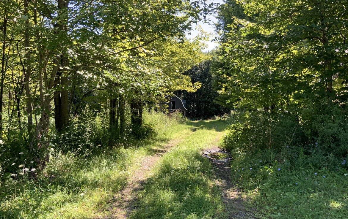 1 acre Building Lot with Barn Amboy NY