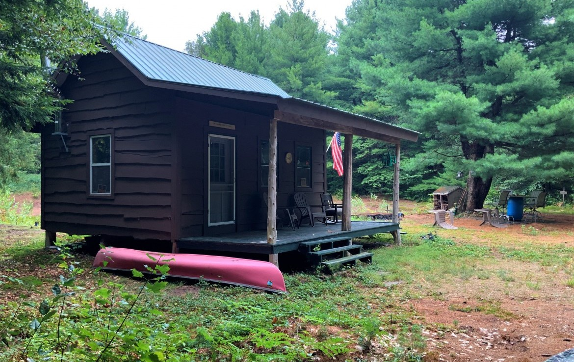 9 acres Sportsman Cabin with Pond Amboy NY