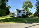 Country Home on corner of Dawes Ave and Kellogg near Historic Village of Clinton, NY!