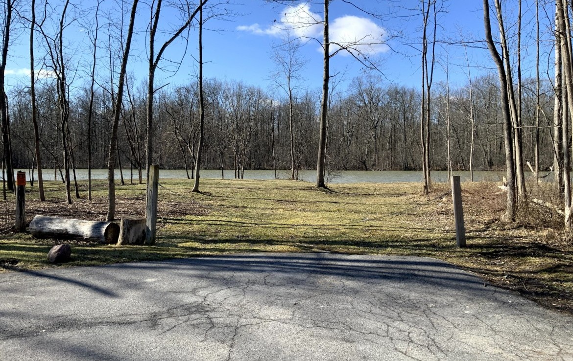 Seneca River Frontage along a Dead-End Road, ideal for Fishing and Hunting Camp!